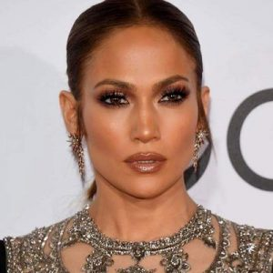 Jennifer Lopez wearing Dior Mink Lashes