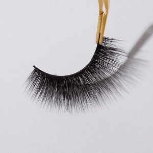 How to choose Fake mink lashes to make up ?