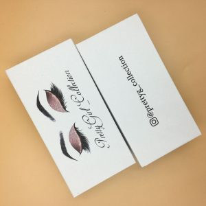 White Custom eyelash packaging