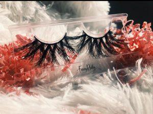 Fluffy and soft high-quality mink eyelashes